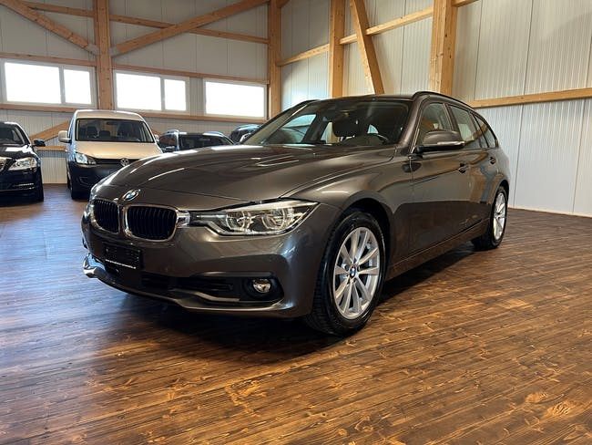 BMW 3er 330d xDrive Touring Steptronic 92'000 km CHF26'500 - buy on carforyou.ch - 1