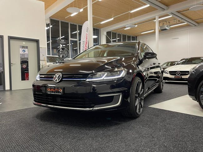 VW Golf e-Golf 50'000 km CHF18'900 - buy on carforyou.ch - 1