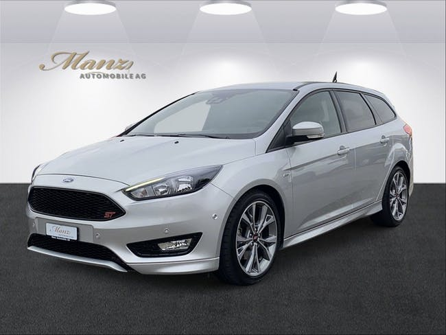 Ford Focus 1.5 SCTi ST Line Automatic 16'400 km CHF23'870 - buy on carforyou.ch - 1