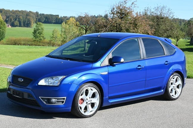 Ford Focus 2.5 Turbo ST 230'000 km CHF4'700 - buy on carforyou.ch - 1