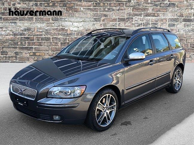 Volvo V50 2.4 D5 Momentum 66'000 km CHF9'900 - buy on carforyou.ch - 1