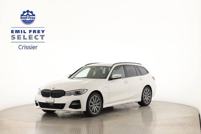 BMW 3er 330e Touring xDrive Kit Technologie 4'000 km CHF49'000 - buy on carforyou.ch - 1