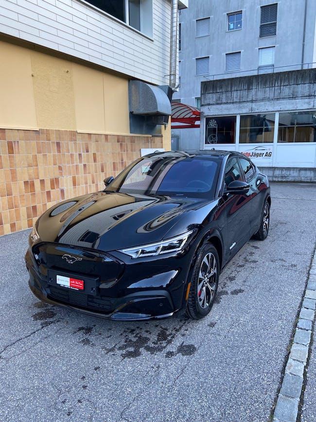 Ford Mustang Mach-E AWD 99 kWh 150 km CHF71'900 - buy on carforyou.ch - 1